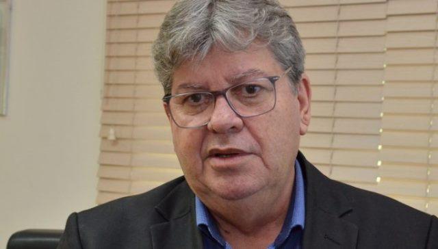 Pleito de 2020: João Azevêdo julga prematuro debate sobre adiamento das eleições para daqui dois anos e defende cautela