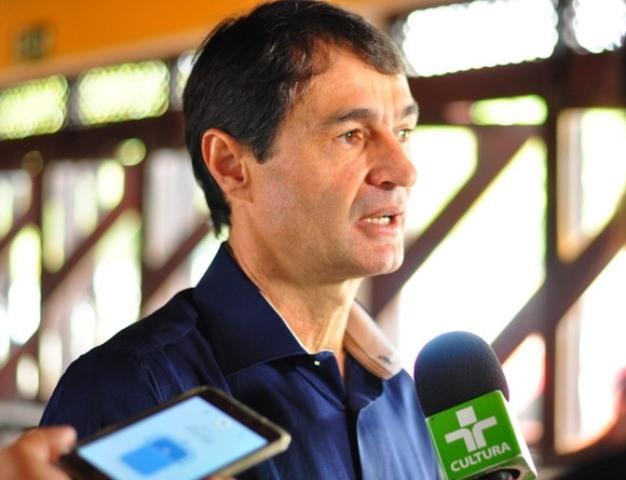 Mesmo com Ministério Público contra, prefeito de CG mantém reabertura de comércio