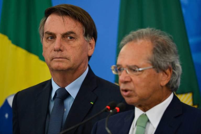 Guedes propõe em reunião mandar 1 milhão de jovens para quartéis por R$ 300 mensais