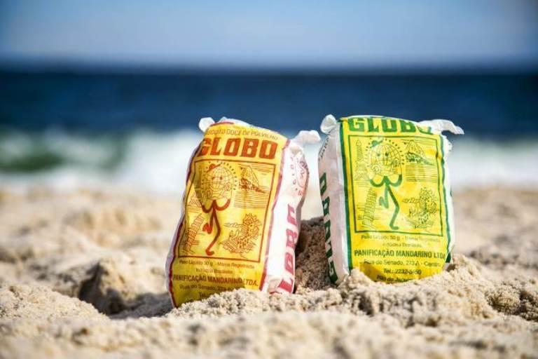 Ambev faz parceria para ajudar Biscoito Globo e lucro vai para ambulantes