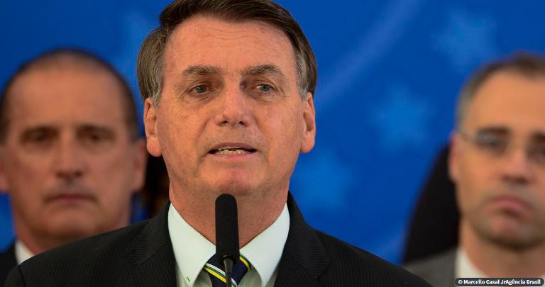 Bolsonaro revela conversa com Moro