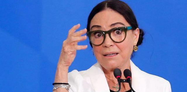 """Regina Duarte admite possível queda: """"Bolsonaro está me dispensando"""""""