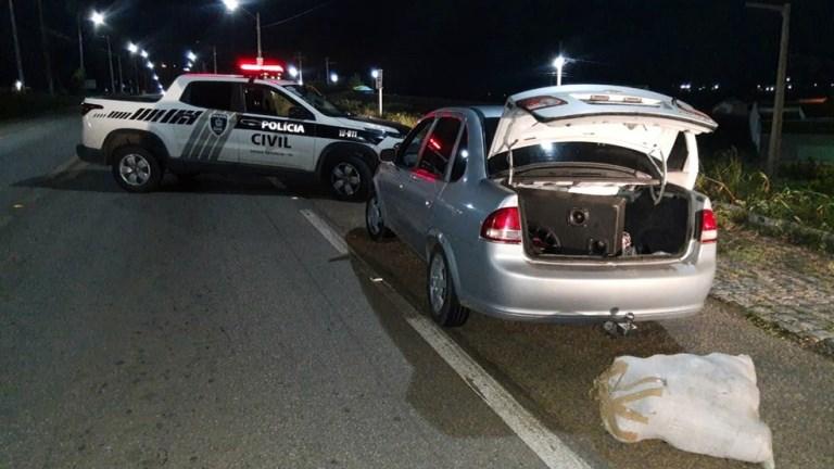 Dois homens são presos levando 20 kg de maconha de Pernambuco para Campina Grande, diz polícia