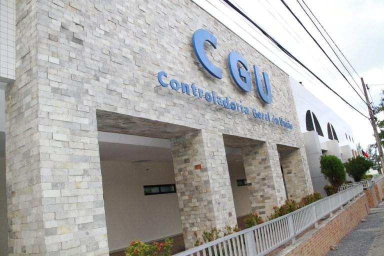 Quase 26 mil servidores públicos na Paraíba receberam auxílio emergencial indevidamente