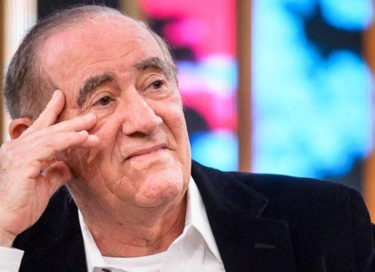 """Após deixar Globo, Renato Aragão admite que participaria de """"A Praça é Nossa"""""""