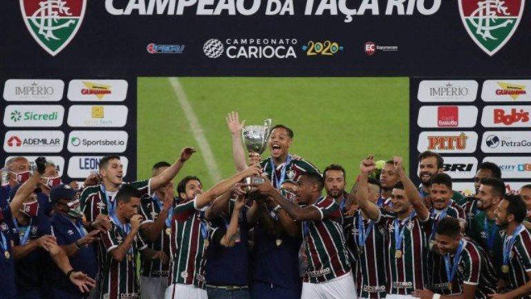 Fluminense convida médico do clube para levantar a Taça Rio em homenagem aos profissionais de saúde