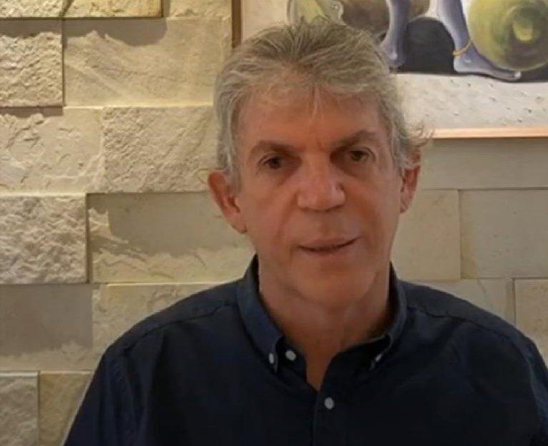 Hospitais negam 'boato' sobre a internação do ex-governador Ricardo Coutinho por Covid-19