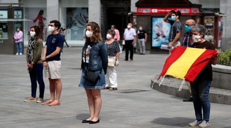 Espanha enfrenta ressurgimento de covid-19