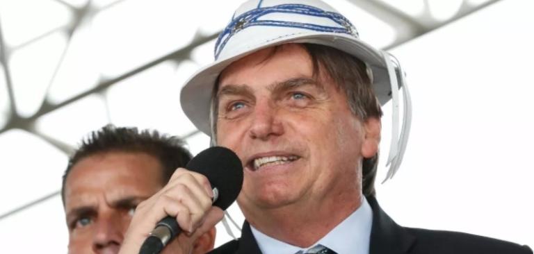 Em visita ao Rio Grande do Norte, Bolsonaro nomeia reitora que ficou em terceiro lugar na eleição da Ufersa