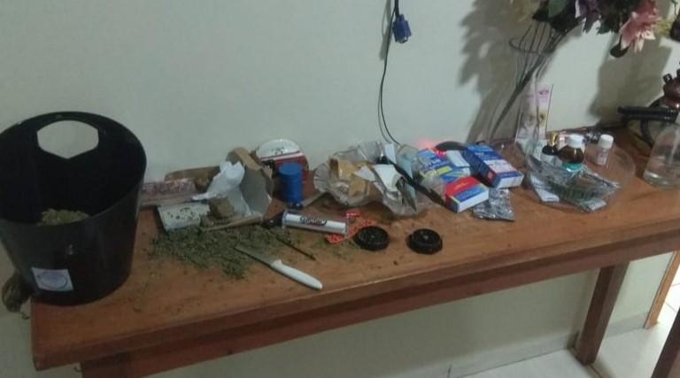 PF cumpre mais de 50 mandados para desarticular grupos suspeitos de tráfico de drogas
