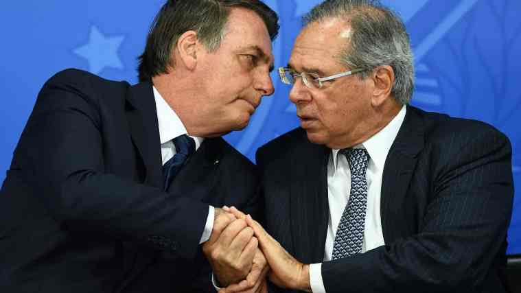 Reforma de Bolsonaro exclui parlamentares, juízes e militares
