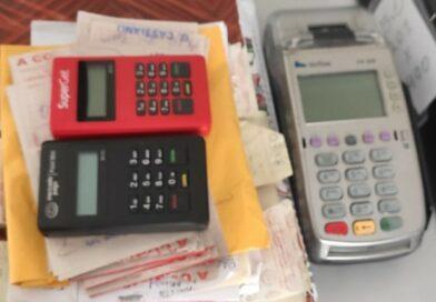 Polícia cumpre mandados e recolhe material que era utilizado em 'jogo do bicho' no Sertão