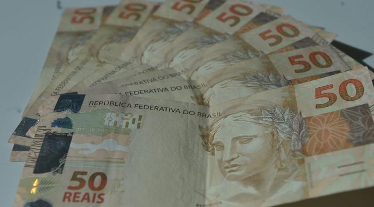 numero-de-brasileiros-com-dividas-cresce-no-fim-de-2020